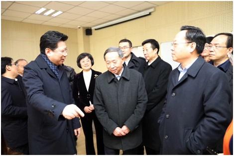 胡卫参加全国政协专题调研活动
